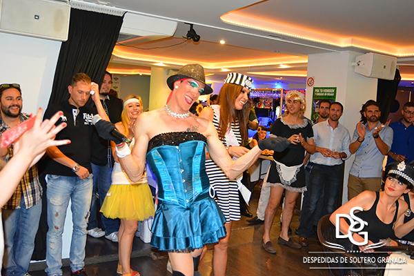 Show Drag Queen en restaurante en Granada